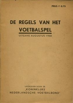 De Regels van het Voetbalspel - uitgave 1958