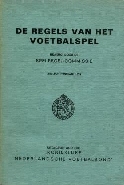De regels van het voetbalspel - uitgave 1974